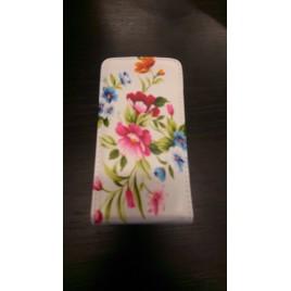 Nokia 520 Lumia Allaavanev plastikraamiga Kaitsekott Flowers Multicolor
